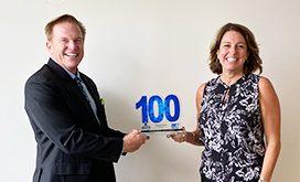 Executive Mosaic CEO Jim Garrettson Presents Novetta CEO Tiffanny Gates with 2020 Wash100 Award