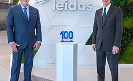 Executive Mosaic CEO Jim Garrettson Presents Wash100 Award to Leidos Chairman, CEO Roger Krone